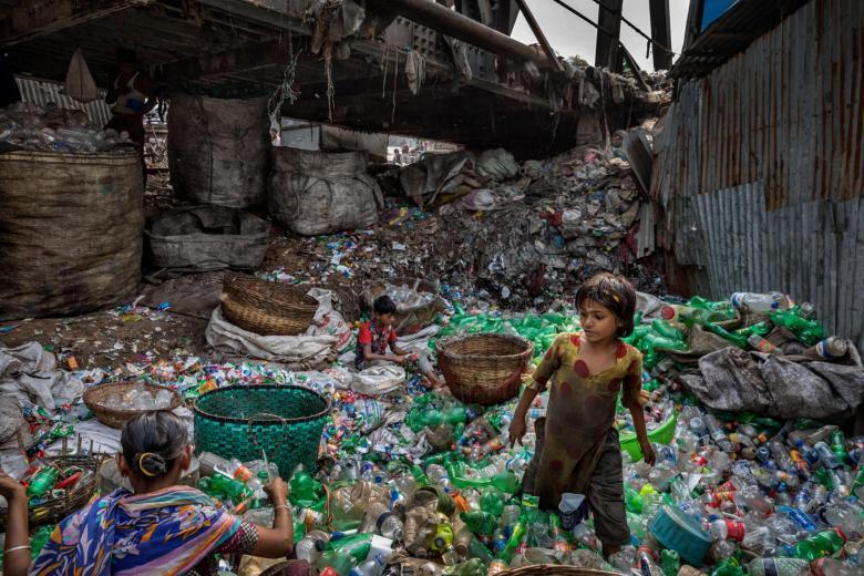 plastic-waste-single-use-worldwide-consumption-10.adapt.1900.1.jpg