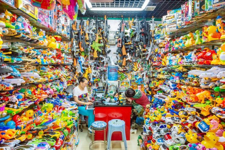 plastic-waste-single-use-worldwide-consumption-29.adapt.945.1.jpg