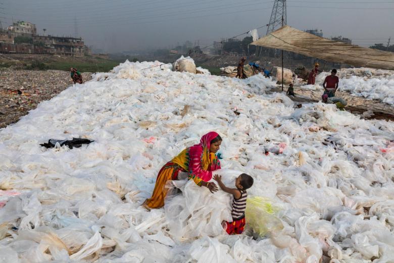 plastic-waste-single-use-worldwide-consumption-9.adapt.1900.1.jpg